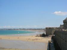 Сен-Мало вид на пляж